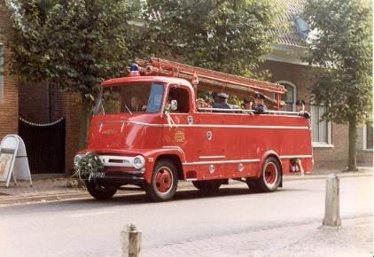 Merk: ChevroletType: 3642Type voertuig: TankautospuitBouwjaar: 1962Standplaats: Schoonrewoerd